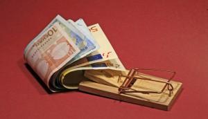 Ihr alter Baufinanzierungskredit ist eine echte Kostenfalle? Jetzt über Sonderkündigungsrecht und Forwarddarlehen informieren. (Foto: Rainer Sturm_pixelio.de?
