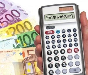 Variable Baufinanzierungsdarlehen: Flexibilität, schnelle Schuldentilgung und besonders günstige Finanzierung für Kenner. (Foto: by_Thorben-Wengert_pixelio.de)